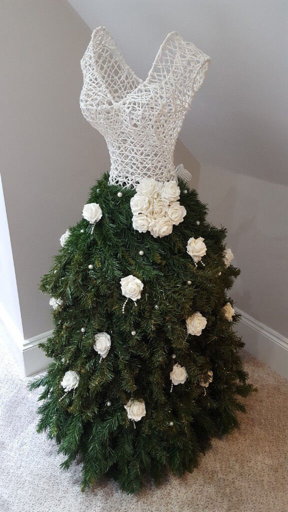 Christmas Tree Mannequin Dress.Bespoke Handmade Christmas Bridal Mannequin Dress With White Pearls And Roses In Hucknall Nottinghamshire Gumtree