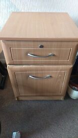 FREE TO COLLECT Side table chest of drawer cabinet