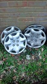 Peugeot 309 wheel trims