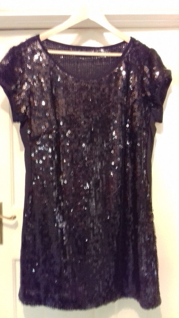 SHIMMERING BLACK PARTY DRESS