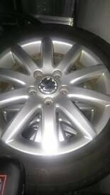 Volkswagen jetta 16 Inch alloys with winter tyres for sale