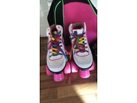 GIRLS ROLLER SKATES BAG AND PAD SET Uk 1