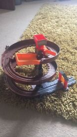 Thomas take and play spiral run