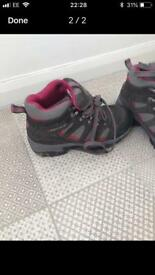 Karrimore walking boots size 4