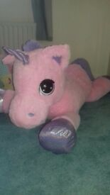 Very big unicorn teddy