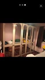5 door white wardrobe