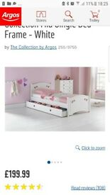 Single bed with draw