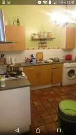 Single room to rent (large double room size) at archway station, £750 all included .to move asap
