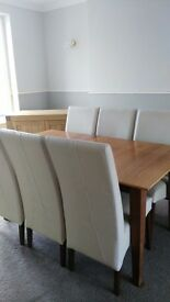 HARVEYS SOLID OAK EXTENDED DINING TABLE & CHAIRS