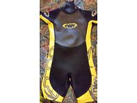 Kids shortie wetsuit age 8 years