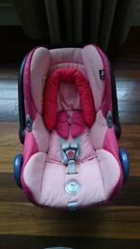 Pink maxi cosi carseat (stage 0)