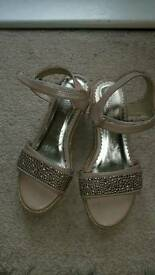 Girls sandals size 2 Nine West
