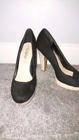 Black high heel size 8/42