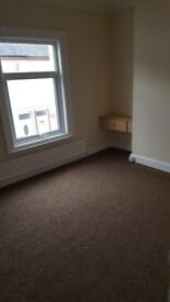 2 bed terraced house for rent. central heating. over bath shower stockton on tees. £100 per week
