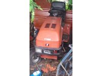 Westwood 18 hp v twin petrol sit on lawnmower, blade removed. 5 speed john deere gear box fitted