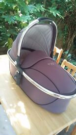 egg Carrycot in Storm Grey Mirror