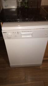 BEKO Dishwasher, model DWC6540W