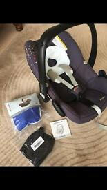 Maxi Cosy Pebble Car Seat with Extras