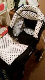 Baby sportive pushchair and accessories