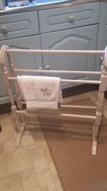 Shabby Chic Style Beige Towel Rail