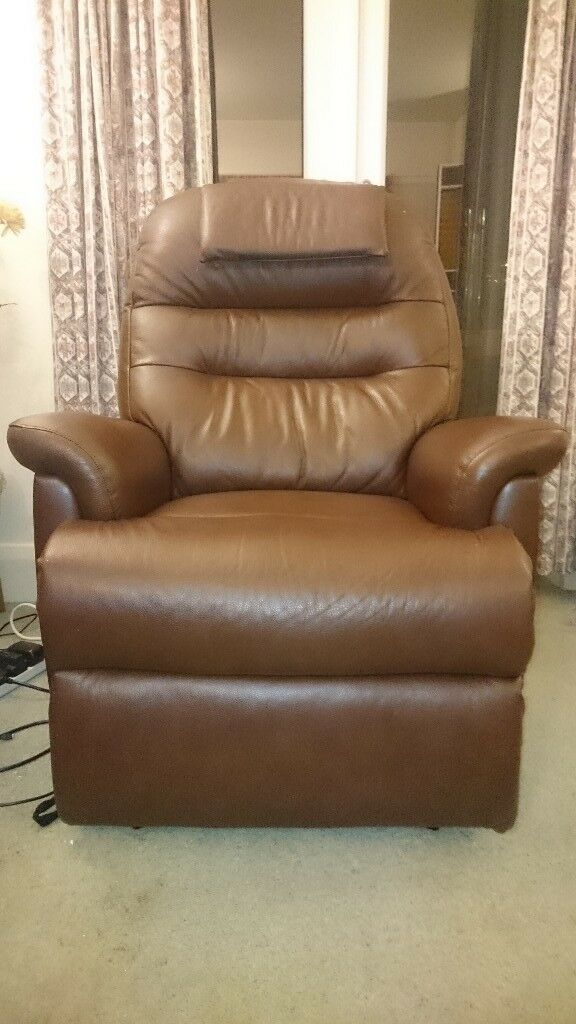 Sherborne Keswick Standard Leather Fixed Armchair