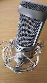 Audio Technica AT3035 condenser mic (Mint inc. suspension mount)