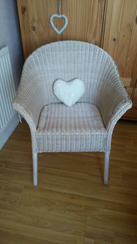 Cream White Wicker Bedroom Or Conservatory Chair Shabby