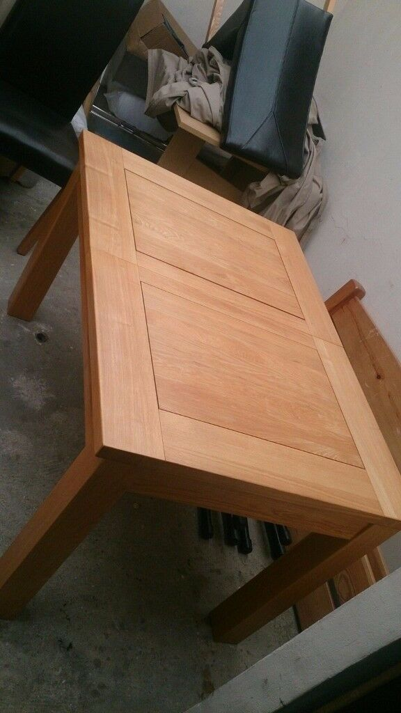 Dining Table Large Extendable Hard Solid Wood 4 Leather Chairs Set Excellent Condition