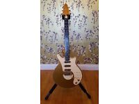 Brian May Signature Guitar Limited Edition - Gold and Cream