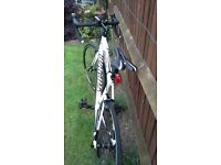 Specialized Allez C2 58cm frame white as new hardly used £500 ono no longer needed due to injury.