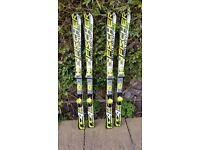 2 pair of Fischer RC4 race skis .