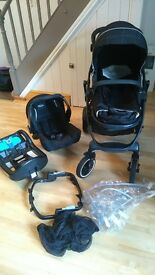 Graco EvoXT travel system, excellent condition