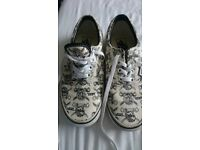 737a03f562cea6 Pirate design VANS shoes. Very good condition . US mens 6 US womens 7.5