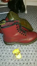 Size 8 uk Dr Martins doc Martin red leather