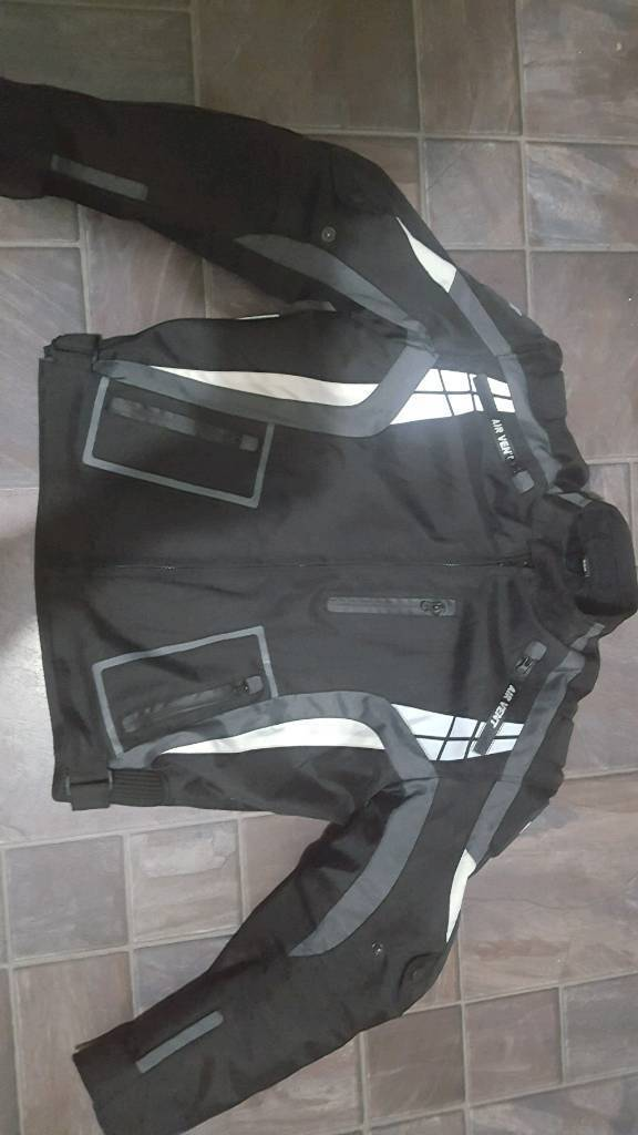 Motorbike jacket size Large