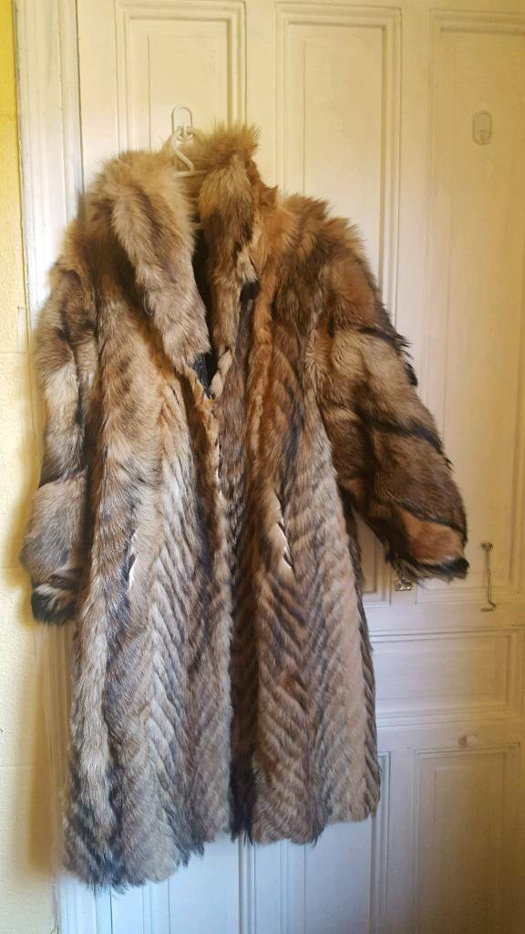 RRP 1200 !! Glamorous real fox fur coat