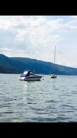 28 ft Wellcraft Antigua Boat