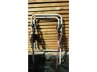 Rear bike carrier for car