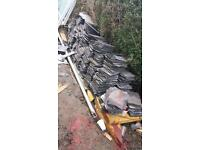 Welsh slates good condition 10x8 !!! Roofing tiles