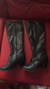 Leather boot size 7