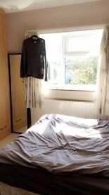 DOUBLE ROOM: ALL BILLS INCL
