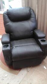 Electic rocking chair vibtates