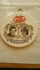 CHARLES&DIANA WALL PLAQUE.