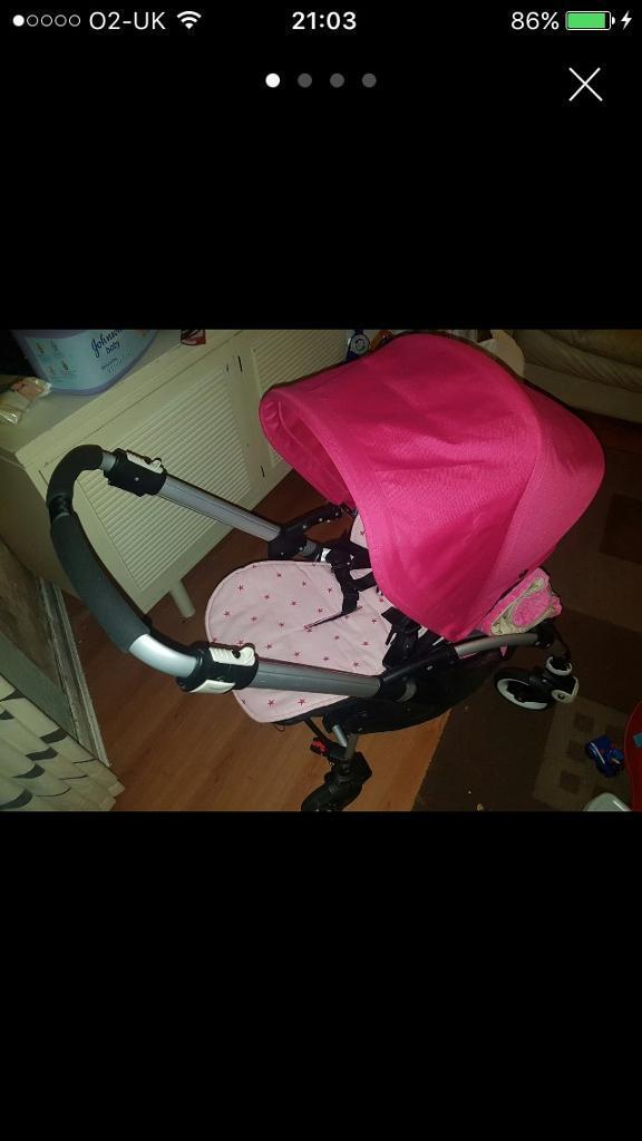 AS NEW HARDLY USED BUGABOO BEE SHORT STRAP 2 BUTTON FOLD WITH CUSTOM MADE FABRICS AND PEBBLE CARSEAT