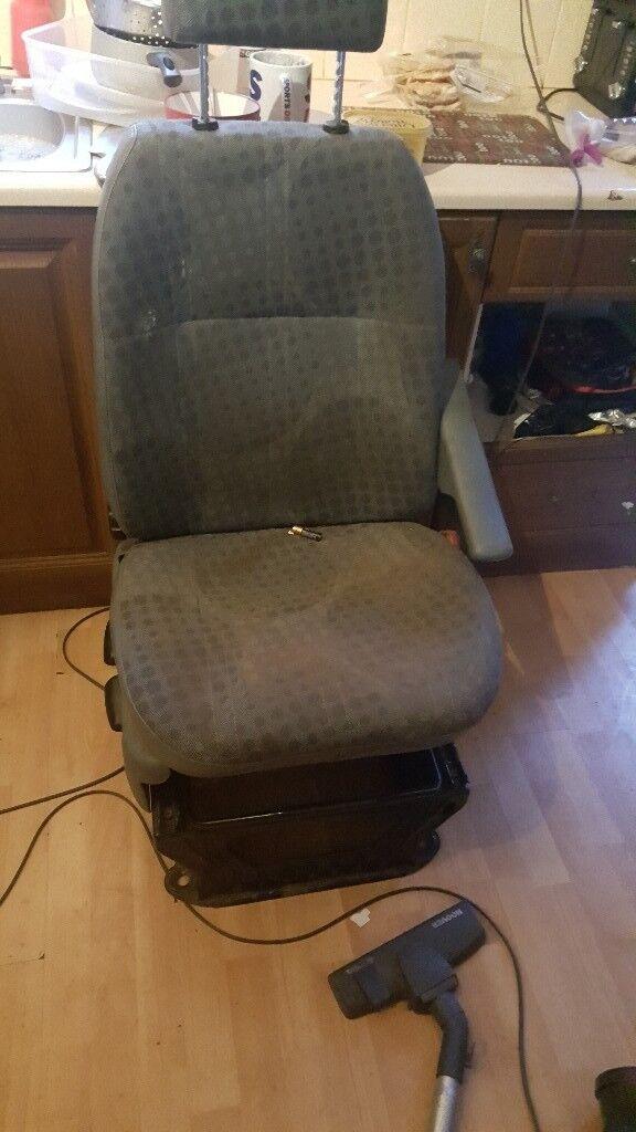 Seats an chrome light led front bar