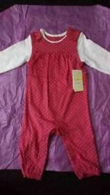 Baby girl body suit
