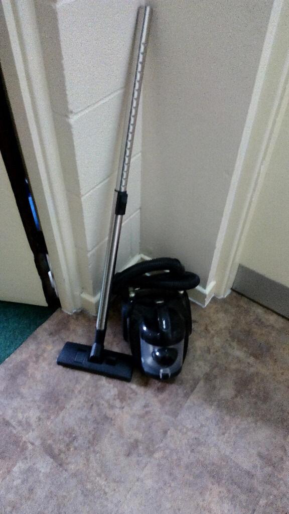 morrison vacuum cleaner 1200 watts 15 no last prices no. Black Bedroom Furniture Sets. Home Design Ideas