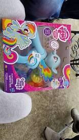My Little Pony Flip & Whirle Rainbow Dash