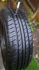wheel rim and tyre 195/65/R15