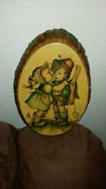 Plaque Wooden Tree like Plaque of the Hummel